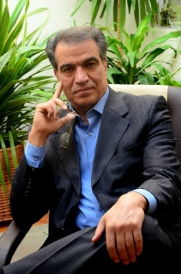 پروفسور محمود ساعتچی